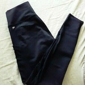 Fabletics Pants & Jumpsuits - High-Waisted PowerHold 7/8 Legging Size SMALL